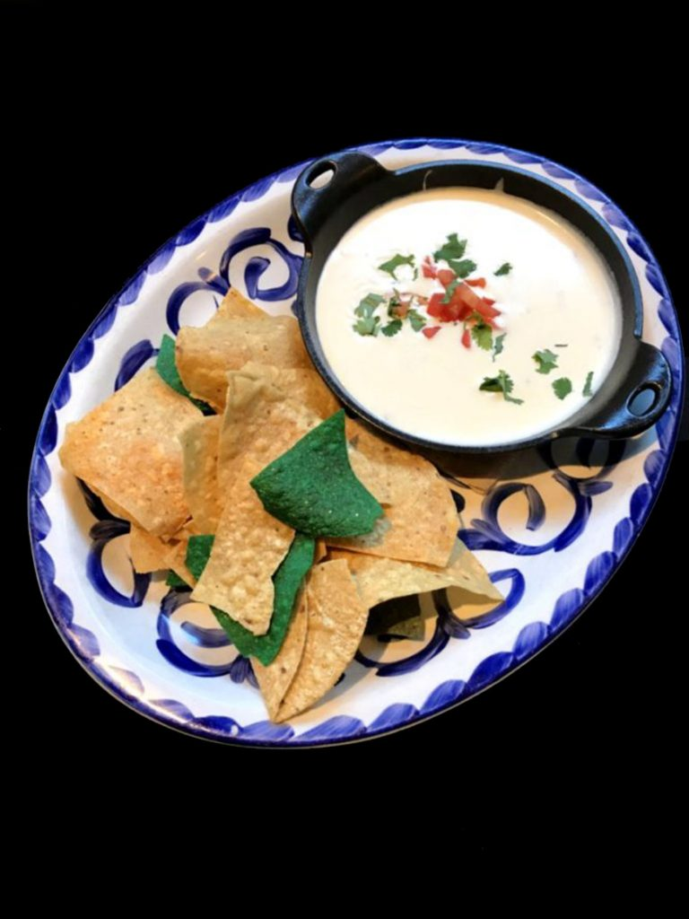 Chips Queso Dip