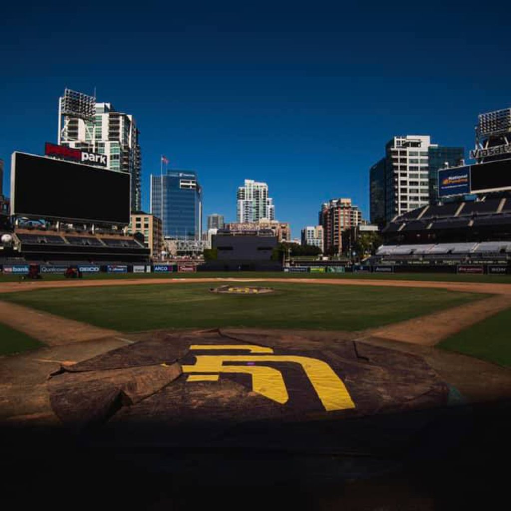37 steps from Petco Park